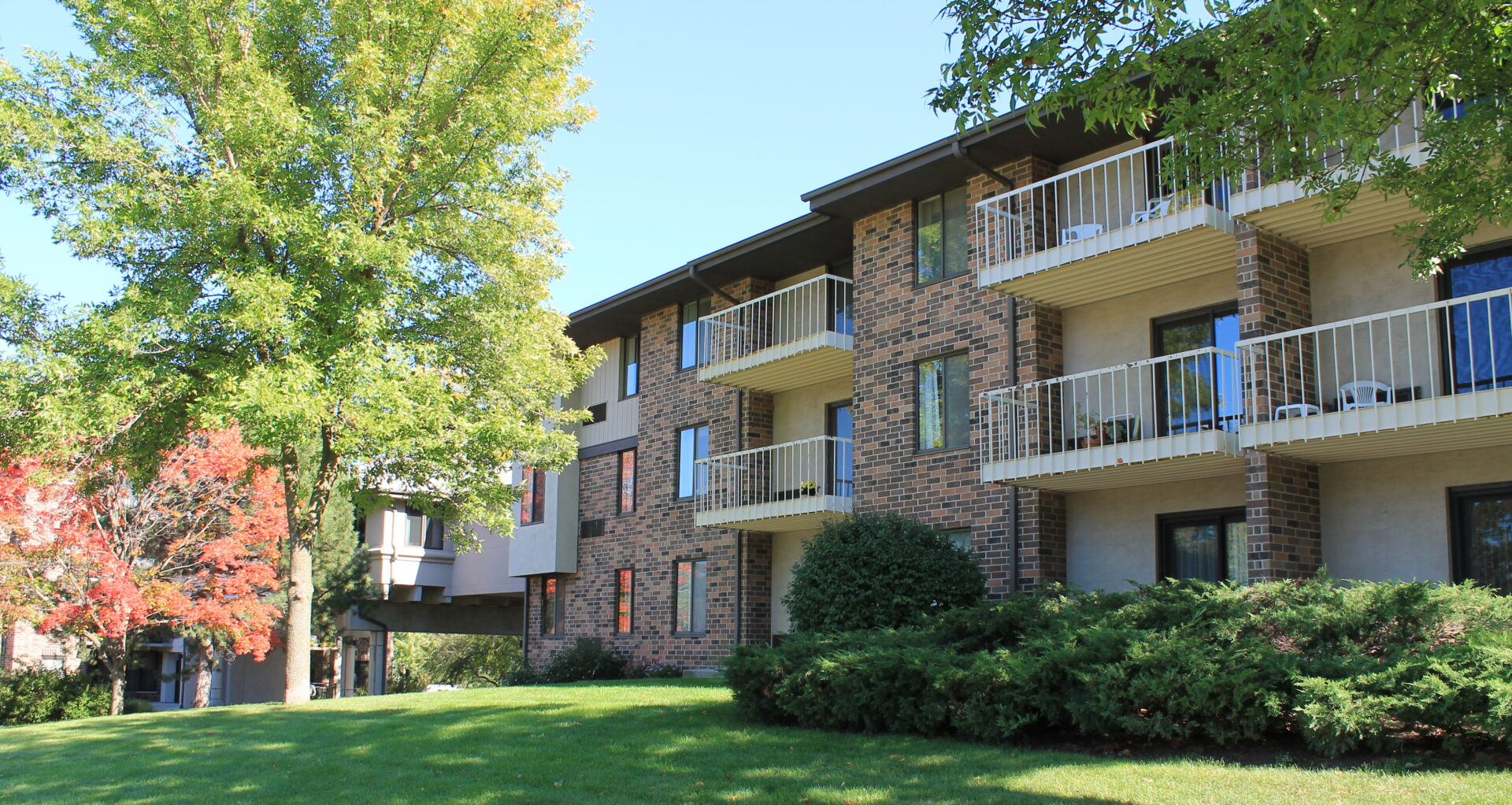 The outside of the independent living apartments at VMP Milwaukee.